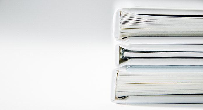 Księgi przychodów i rozchodów – jak długo należy je trzymać?